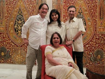 お世話になったインド人家族。ご主人が有名なクリケット選手だったらしい。 奥様は大変な社交家。