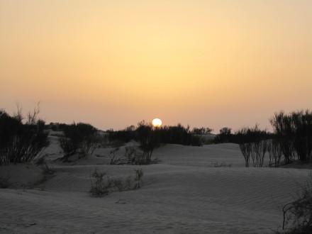朝日と夕陽は、殆ど同じ。こっちが朝日。